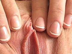 Anessa plays with pussy as we get close up