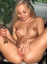 dawn 01 poolbilliard puffynipples bottle