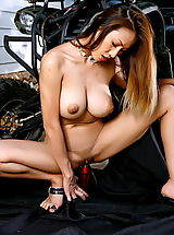 The Black Alley Pics: Asian Women flora vang 01 quad bike monster tits dildo