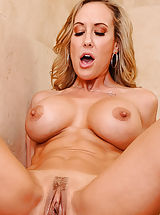 Sore Vulva, Brandi Love