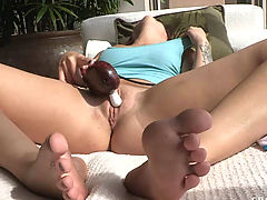 Madelyn has strong orgasm outside in the sun